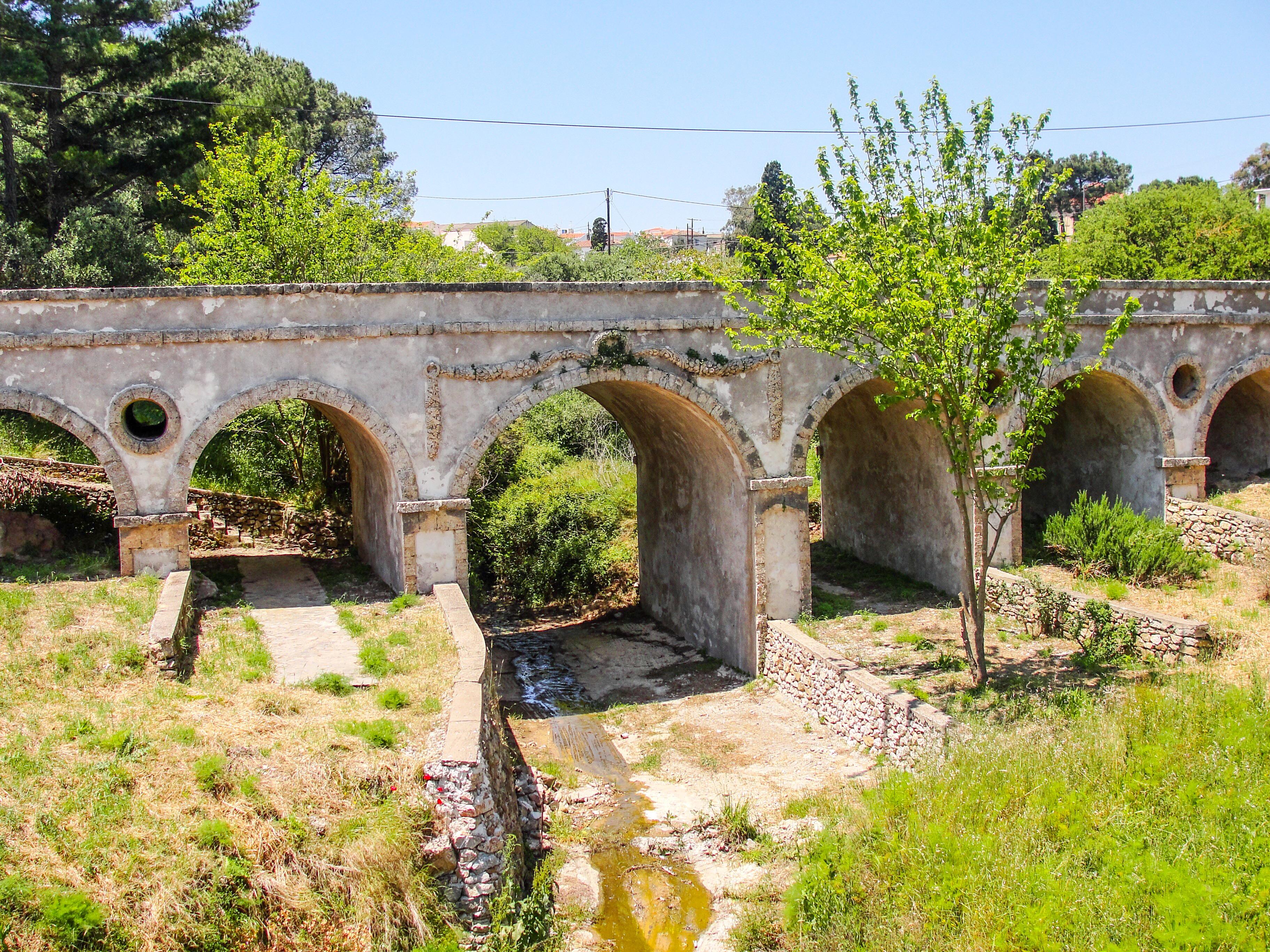 Τοξωτή γέφυρα Ποταμού / Arch bridge of Potamos